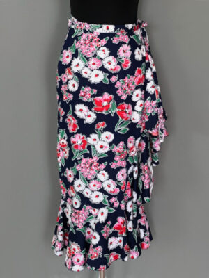 Slå-om-nederdel i blå med blomster lang model - for