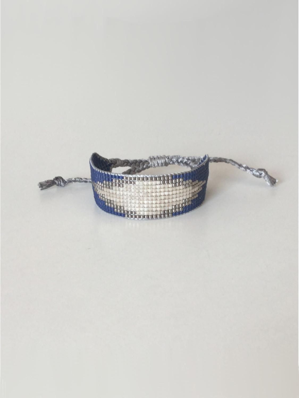 Vævet perlearmbånd bredt med rude i marineblå
