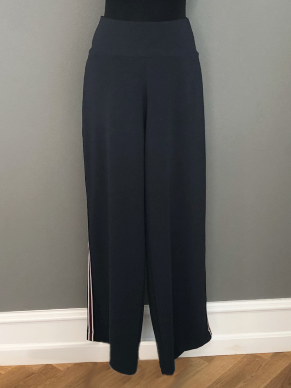 Bukser i marineblå med stribet bånd