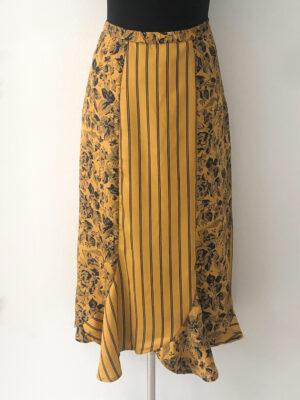 Sennepsgul nederdel i baner