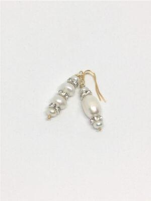 Asymmetriske øreringe med ferskvandsperler og rhinsten