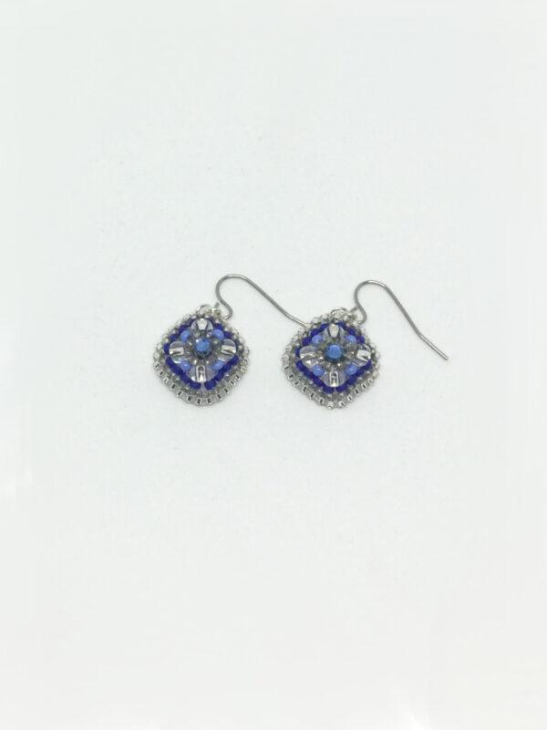 Ørering med firkantet vedhæng i blå