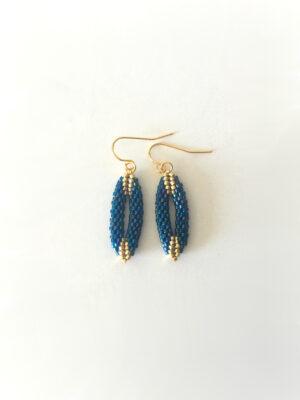 Mini ovale øreringe i marineblå